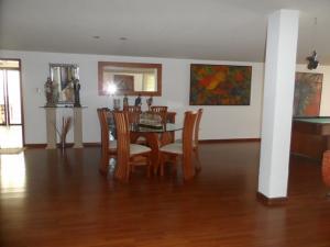 Casa En Venta En Caracas, Sebucan, Venezuela, VE RAH: 14-7092