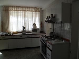 Apartamento En Venta En Caracas - Los Palos Grandes Código FLEX: 14-7198 No.8