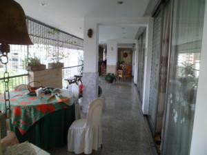 Apartamento En Venta En Caracas - Los Palos Grandes Código FLEX: 14-7198 No.13