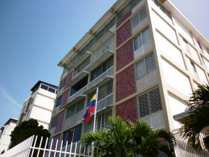 Apartamento En Venta En Caracas, Cumbres De Curumo, Venezuela, VE RAH: 14-7257