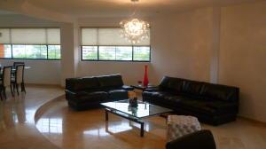 Apartamento En Alquiler En Maracaibo, Bellas Artes, Venezuela, VE RAH: 14-7726