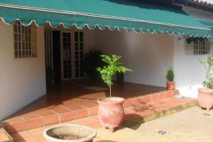 Casa En Venta En San Juan De Los Morros, Antonio Miguel Martinez, Venezuela, VE RAH: 14-7351
