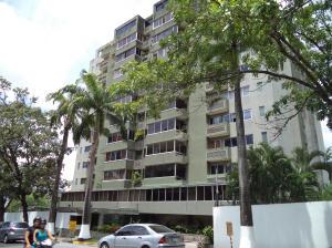 Apartamento En Venta En Valencia, La Viña, Venezuela, VE RAH: 14-7462