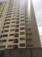 Apartamento En Venta En Caracas, Guaicay, Venezuela, VE RAH: 14-7506