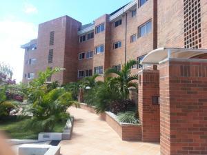 Apartamento En Venta En Caracas, Loma Linda, Venezuela, VE RAH: 14-7585