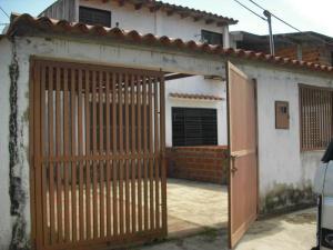 Townhouse En Venta En Rio Chico, Los Canales De Rio Chico, Venezuela, VE RAH: 14-7593