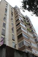 Apartamento En Venta En Caracas - Terrazas del Club Hipico Código FLEX: 14-7966 No.0