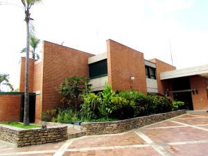 Casa En Venta En Caracas, Cerro Verde, Venezuela, VE RAH: 14-8031