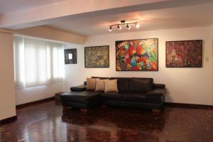 Apartamento En Venta En Caracas - Terrazas del Club Hipico Código FLEX: 14-7966 No.5