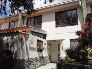 Casa En Venta En Caracas, Lomas De Monte Claro, Venezuela, VE RAH: 14-8079