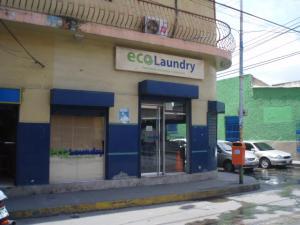 Local Comercial En Venta En Puerto Cabello, Zona Colonial, Venezuela, VE RAH: 14-8299