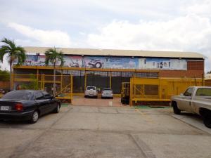 Galpon - Deposito En Venta En Maracaibo, Circunvalacion Uno, Venezuela, VE RAH: 14-8929