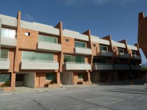 Townhouse En Venta En Caracas, Loma Linda, Venezuela, VE RAH: 14-8946