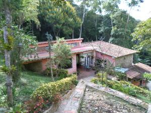 Casa En Venta En Valencia, El Chuponal, Venezuela, VE RAH: 14-9113