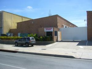 Galpon - Deposito En Venta En Margarita, Porlamar, Venezuela, VE RAH: 14-9399
