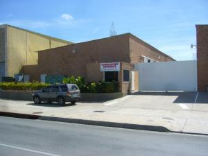 Galpon - Deposito En Venta En Margarita, Porlamar, Venezuela, VE RAH: 14-9400
