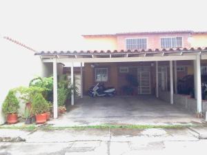 Townhouse En Venta En Guatire, Villa Avila, Venezuela, VE RAH: 14-9560