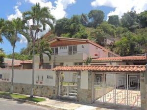 Casa En Venta En Caracas, Colinas De Los Ruices, Venezuela, VE RAH: 14-9585