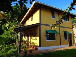 Casa En Venta En Caracas, Lomas Del Halcon, Venezuela, VE RAH: 14-9675