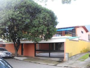 Casa En Venta En Caracas, La Floresta, Venezuela, VE RAH: 14-9761