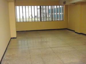 Local Comercial En Alquiler En Maracaibo, Avenida Bella Vista, Venezuela, VE RAH: 14-9772