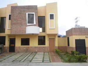 Townhouse En Ventaen Municipio Naguanagua, Manantial, Venezuela, VE RAH: 14-9886