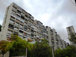 Apartamento En Venta En Municipio Los Salias, Las Salias, Venezuela, VE RAH: 14-10092