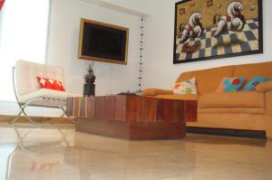 Apartamento En Venta En Caracas - Campo Alegre Código FLEX: 14-10216 No.6