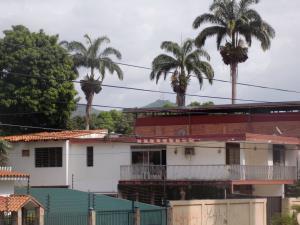 Oficina En Venta En Valencia, El Recreo, Venezuela, VE RAH: 14-10562