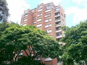 Apartamento En Venta En Caracas, Santa Marta, Venezuela, VE RAH: 14-3427