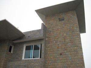 Casa En Venta En San Antonio De Los Altos, Parque El Retiro, Venezuela, VE RAH: 14-10623