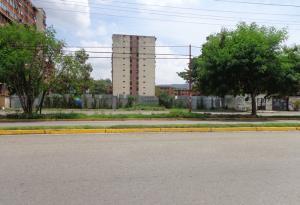 Terreno En Venta En Municipio Naguanagua, Los Guayabitos, Venezuela, VE RAH: 14-10734