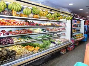 Local Comercial En Ventaen Caracas, San Bernardino, Venezuela, VE RAH: 14-10804