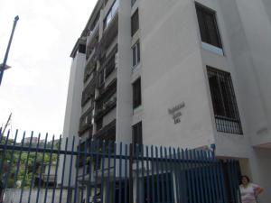 Apartamento En Venta En Caracas, Santa Ines, Venezuela, VE RAH: 14-10970
