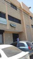 Oficina En Venta En Maracaibo, Santa Rita, Venezuela, VE RAH: 14-11038