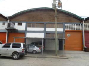Galpon - Deposito En Ventaen Guatire, Guatire, Venezuela, VE RAH: 14-11103
