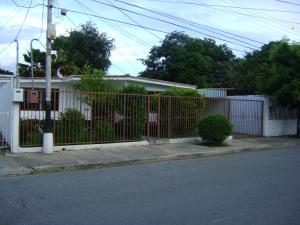 Casa En Venta En Maracay, Fundacion Mendoza, Venezuela, VE RAH: 14-11139
