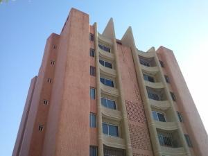 Apartamento En Venta En Maracaibo, Virginia, Venezuela, VE RAH: 14-11150