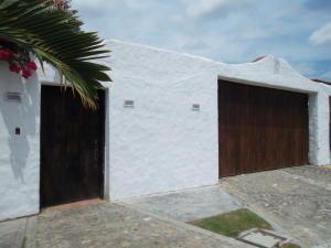 Casa En Venta En Higuerote, Higuerote, Venezuela, VE RAH: 14-11200