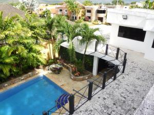 Casa En Venta En Valencia, Guataparo, Venezuela, VE RAH: 14-11251