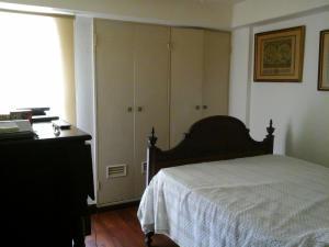 Apartamento En Venta En Caracas - Terrazas del Club Hipico Código FLEX: 14-11420 No.3