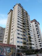 Apartamento En Venta En Caracas, Guaicay, Venezuela, VE RAH: 14-12650