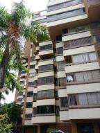 Apartamento En Venta En Caracas, San Roman, Venezuela, VE RAH: 14-11486