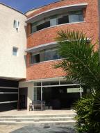 Casa En Venta En Caracas, Los Palos Grandes, Venezuela, VE RAH: 14-12089
