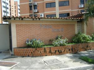 Apartamento En Venta En Municipio Naguanagua, Tazajal, Venezuela, VE RAH: 14-11530