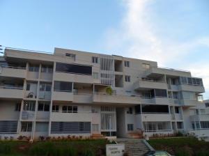 Apartamento En Venta En Caracas, Bosques De La Lagunita, Venezuela, VE RAH: 14-11570