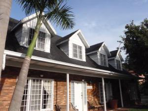 Casa En Venta En Caracas, La Boyera, Venezuela, VE RAH: 14-11649