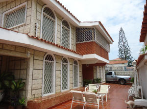 Casa En Venta En Maracaibo, Los Olivos, Venezuela, VE RAH: 14-11886