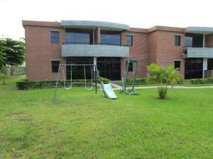 Townhouse En Ventaen Higuerote, Monte Lindo, Venezuela, VE RAH: 14-12166