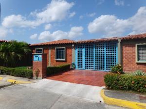 Casa En Venta En Guatire, El Castillejo, Venezuela, VE RAH: 14-12267